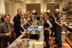 Lovely crowd of connoisseurs of the good taste ✨   | Erlebe ein unglaubliches Kocherlebnis mit uns in unserem Traumhaus in Sintra | Insider-cooking.com