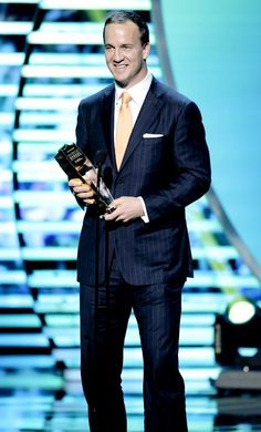 How much do you love Peyton! Denver Broncos Peyton Manning, Denver Broncos Football, Football Love, Football Players, University Of Tennessee, Tennessee Volunteers, Dream Guy, Celebrity Crush, Athlete