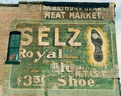 Selz Royal Shoes Ghost Sign.