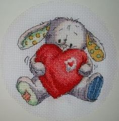 Free Cross Stitch Patterns / a huge variety of cross-stitch patterns