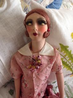Beautiful-French-Silk-Faced-1920s-1930s-Boudoir-Doll-Composit-Hand-And-Feet