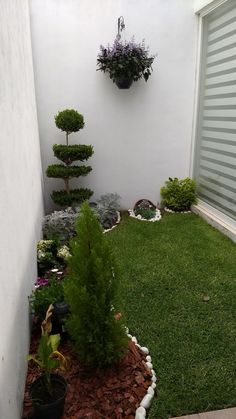 New garden small design ideas courtyards plants Ideas Front Yard Garden Design, Garden Wall Designs, Small Garden Design, Terrace Garden, Garden Spaces, Lawn And Garden, Small Garden Landscape, Minimalist Garden, Pinterest Garden