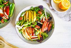 Fresh Pear Salad Pear Salad, Pear Recipes, Large Bowl, Pistachio, Stuffed Peppers, Fresh, Cooking, Ethnic Recipes