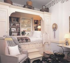 I like this built in dresser/bookcase/alcove bed idea! Great for a guest room.
