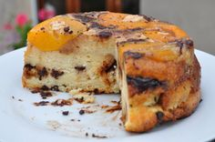 Pudding pêches et chocolat Kouign Amann, Gateaux Cake, French Food, Biscuits, French Toast, Muffins, Dessert Recipes, Breakfast, Puddings