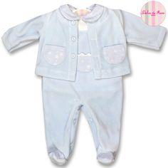 f8c5a27b39e Conjunto compuesto por peto y chaqueta de terciopelo y camiseta de algodón.  XX Chaqueta De
