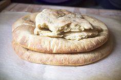 Bagel, Bread, Curry, Food, Curries, Breads, Baking, Meals, Yemek
