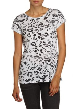 Crew neck t-shirt with Faded Leopard print and roll sleeve detail. 100% Cotton. Model wears a size small.