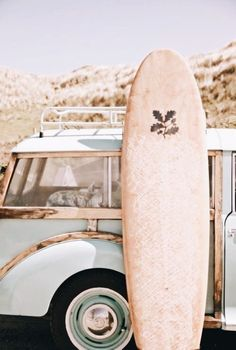 Surf time Outside journey Summer time temper Vacation temper Blonde Aesthetic, Beach Aesthetic, Summer Aesthetic, Aesthetic Art, Et Wallpaper, Wallpaper Collage, Surfing Wallpaper, Photo Wall Collage, Picture Wall