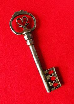Incredible Ultra Rare 1700's Custom Made Long German Antique Old Skeleton Key