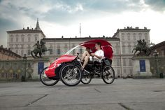 Rishock, a pedal assist electric quadricycle 4 Wheel Bicycle, Bike, Solar Car, Reverse Trike, Pedestrian, Turin, Family Activities, Solar Power, Motorcycle