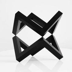 inimalist sculpture by @daniele_de_batte . . . #abstract #abstractphotography #contemporaryart #creativeart #abstractart #artinfo