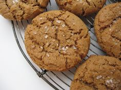 she's in the kitchen: crackly ( and dairy-free) spice cookies