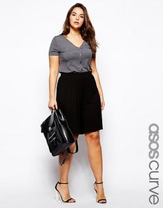Shop for women's plus size clothing with ASOS. Discover plus size fashion and shop ASOS Curve for the latest styles for curvy women. Plus Size Clothing Stores, Plus Size Womens Clothing, Clothes For Women, Trendy Clothing, Oversized Clothing, Women's Clothing, Travel Clothing, Fitness Clothing, Work Clothes