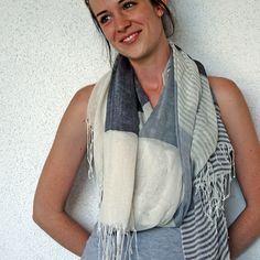 Linen Wide Lines Scarf  in Gray