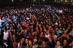 Nezahualcóyotl, Méx. 23 Abril 2013. Es importante reconocer la actitud de los asistentes quienes con su actitud cívica y de respeto a todas las indicaciones y medidas de seguridad que se implementaron por parte de la autoridad municipal, han hecho que los eventos resulten todo un éxito.
