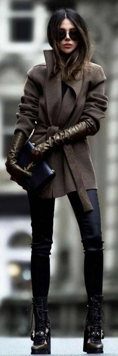Amazing Casual Winter Outfit Ideas 25 Of The Most Amazing Casual Winter Outfit Ideas. Shop The 25 Of The Most Amazing Casual Winter Outfit Ideas ecstasymodels. Fashion Blogger Style, Fashion Mode, Look Fashion, Trendy Fashion, Womens Fashion, Fall Fashion, Fashion 2018, Skinny Fashion, Feminine Fashion