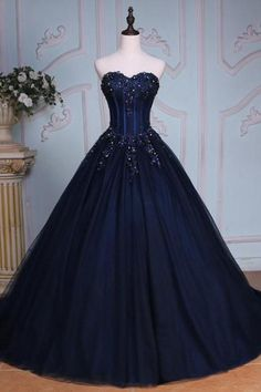 Navy Blue Sweetheart Beaded Applique Tulle Quinceañera Dress with Chapel Train