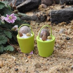Buckets with Shells  #Miniature-Gardening.com