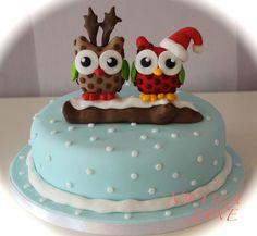 Christmas Owls - by nicolalabridgeter @ CakesDecor.com - cake decorating website