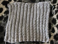 Angled Cables and Ribs pattern by Nicky Epstein