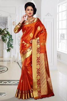 Indian Sarees, Silk Sarees, Indian Hairstyles, Ethnic Outfits, Rust Orange, Saree Styles, Beautiful Saree, India Beauty, Sarees Online
