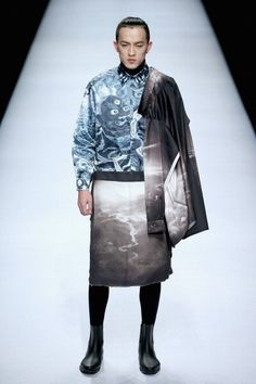 Has fashion become more experimental due to the relaxation of gender roles?