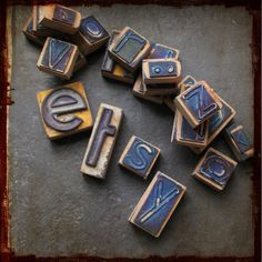 Set of 22 Vintage rubber stamps from a french school - letters