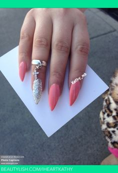 Not a fan of stiletto shaped nails (I always keep mine flat), but I do love the posh colors & accent finger, and the ring! Sexy Nails, Dope Nails, Fancy Nails, Stiletto Nails, Coffin Nails, Fabulous Nails, Gorgeous Nails, Pretty Nails, Hey Gorgeous