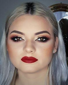 Red lips makeup Makeup  Big eyes Make-up Artist  Evening makeup