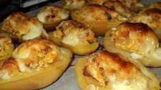 Töltött krumpli Hungarian Recipes, Garlic Bread, Light Recipes, Baked Potato, Muffin, Food And Drink, Potatoes, Baking, Breakfast