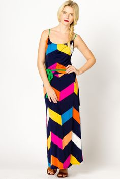 love the color blocking on this maxi.