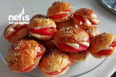 Sandviç Poğaça Tarifi nasıl yapılır? Sandviç Poğaça Tarifi'nin resimli anlatımı ve deneyenlerin fotoğrafları burada. Yazar: Mehtap Ahmetoğulları