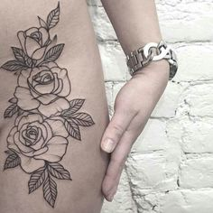 50 Incredibly Beautiful Tattoos For Women! - Page 2 of 5 - Trend To Wear Piercing Tattoo, Bad Tattoo, Piercings, Tattoo Hip, Hip Bone Tattoos, Rose Hip Tattoos, 3 Roses Tattoo, Tatoo Rose, Upper Thigh Tattoos