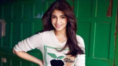 awesome Anushka Sharma Bollywood Wallpaper- Download