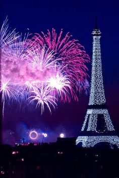 New Years in Paris....would love to be there one year!  My friend is there now!!