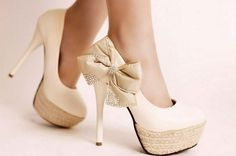 Creamy Cute High Heel Shoes