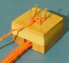 Class Projects, Diy Craft Projects, Diy And Crafts, Crafts For Kids, Textile Fabrics, Diy Supplies, Easy Woodworking Projects, Loom Knitting, String Art