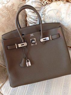 Luxusní kabelky jako investice. Které opravdu stojí za to   488f87a135b