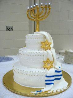 Nice Bar/Bat Mitzvah kiddish luncheon cake repinned from @Oritik - Bridal jewelry  www.themodernjewishmitzvah.com