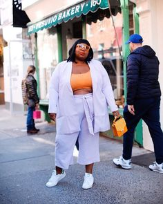 8 Pieces the Coolest New York Girls Are Wearing on Repeat Right Now Fat Fashion, Curvy Fashion, Look Fashion, Plus Size Fashion, Girl Fashion, Fashion Black, Petite Fashion, New Outfits, Chic Outfits