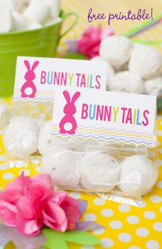 "Last minute Easter favor - marshmallow or donut hole ""Bunny Tails"" ~ Free printable toppers on FrogPrincePaperie.com"