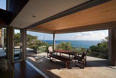 Un luogo di vacanza di lusso, una residenza in una posizione unica,direttamente sul mare, questo è il progettoAlinghi Beach House nel Queensland, Australia ad opera dello studioGrose Bradley BVN…