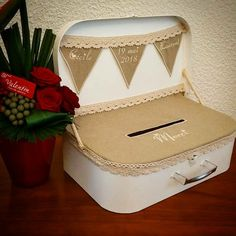 100 Euro, Envelope Box, Wedding Looks, Wedding Suits, Getting Married, Wedding Planner, Diy, Engagement, Occasion