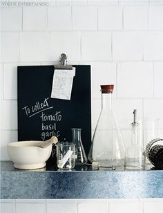 Simple kitchen styling