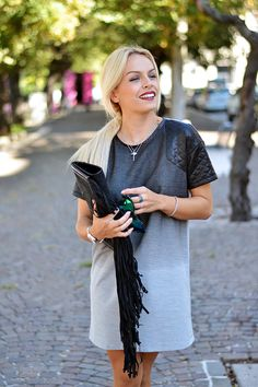 Giorgia&Johns maxi dress, black sandals, fringed bag and TJewels <3 www.it-girl.it #fashion #look #outfit #itgirl #fashionblog #fashionista #ootd #fashionblogger #blondie #lookoftheday