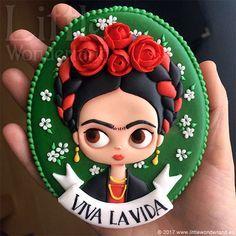 "SP ( : ""Cookie lindo by Frida Kahlo. Cute Cookies, Cupcake Cookies, Sugar Cookies, Cookies Et Biscuits, Galletas Cookies, Mexican Cookies, Crea Fimo, Royal Icing Cookies, Cookie Designs"