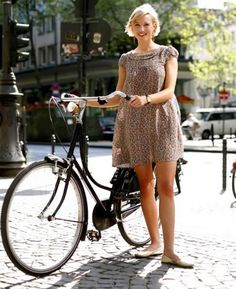 http://metaefficient.zippykidcdn.com/wp-content/uploads/spring_bike_rider_woman_city2.jpg