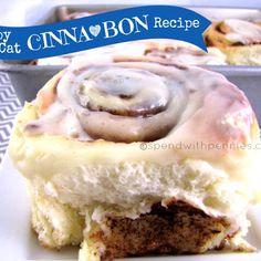 Copycat Cinnabon Recipe ~ I can't think of many things that make your house smell as amazing as homemade cinnamon rolls. These are just beautiful rolls that melt in your mouth and warm you from the inside out! While from scratch rolls take a little … Just Desserts, Delicious Desserts, Dessert Recipes, Yummy Food, Cinnabon Rolls, Copy Cat Cinnabon Cinnamon Rolls, Un Cake, Sweet Bread, Baking Recipes
