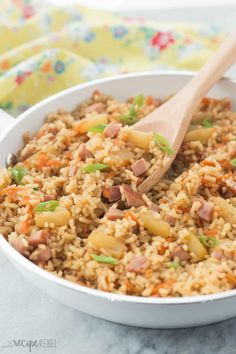 This 30 Minute Ham and Pineapple Rice is a fun and easy one pot meal for busy weeknights! Perfect for those Hawaiian lovers :) It's also great for pairing with Easter ham! (It was REALLY bland until I added garlic salt to taste~Nikki) Rice Recipes, Asian Recipes, Cooking Recipes, Healthy Recipes, Hawaiian Recipes, Ham Recipes, Healthy Meals, Recipies, Easy One Pot Meals